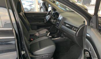 Mitsubishi Outlander PHEV SE 2018 Noir complet