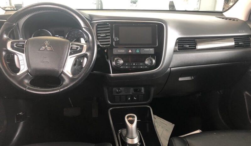 Mitsubishi Outlander PHEV SE 2018 Argent complet