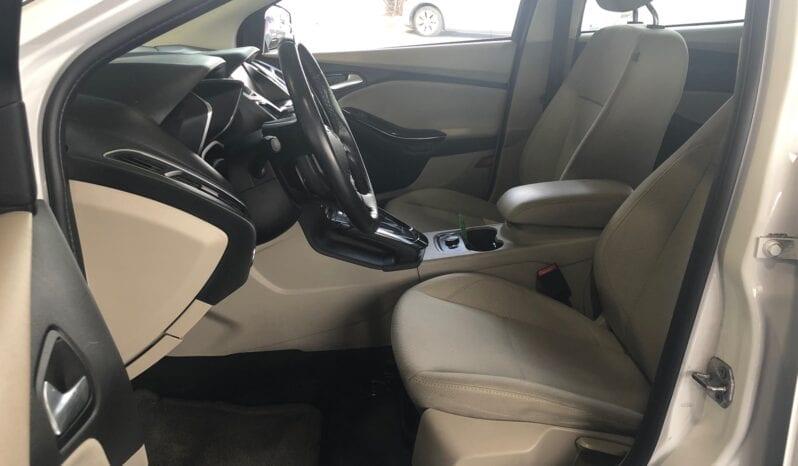 Ford Focus EV 2012 Blanc complet